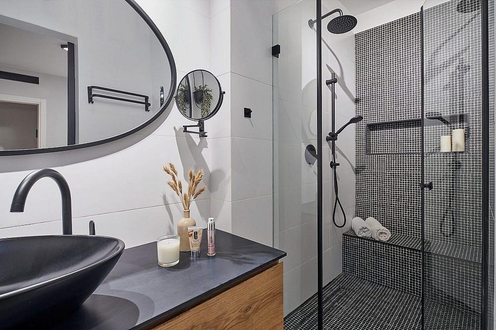 ספא במקלחת | תכנון: שחר הכט, צילום: ליאור טייטלר