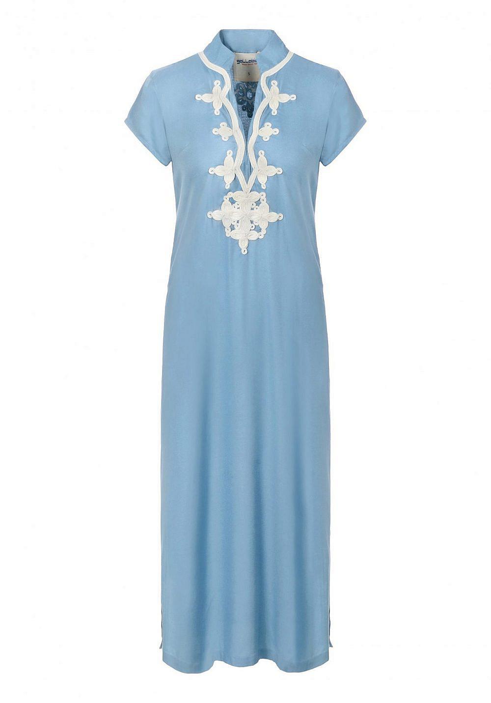 שמלת גלביה המותג גלביה, מחיר: 790 שקל   צילום: ניר יפה