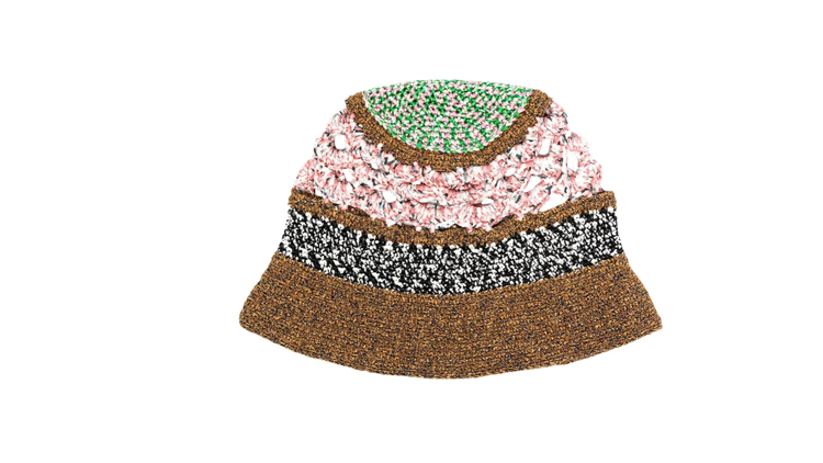 """כובע של מיסוני, מחיר 1,625 ש""""ח   צילום: יח""""צ"""