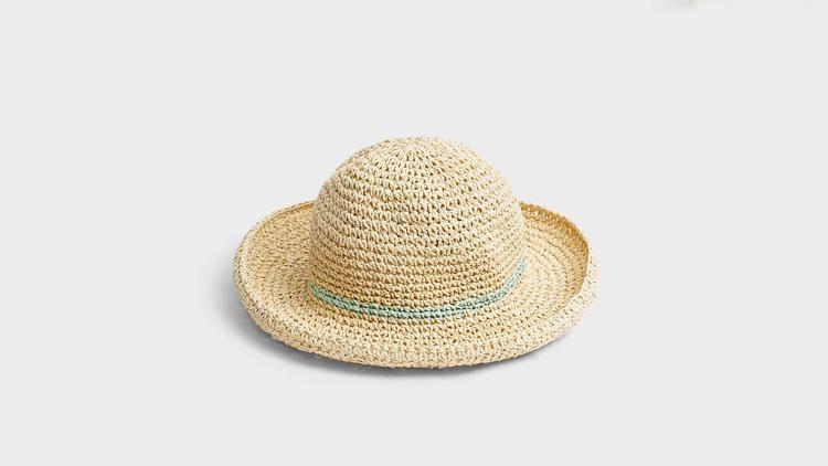 """כובע של נקסט, מחיר 99 ש""""ח   צילום: יח""""צ"""