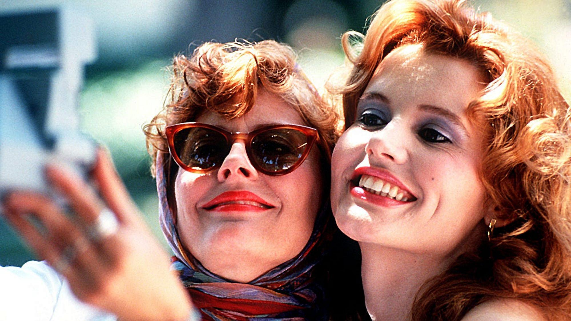 """צילום מסך מתוך הסרט """"תלמה ולואיז"""""""