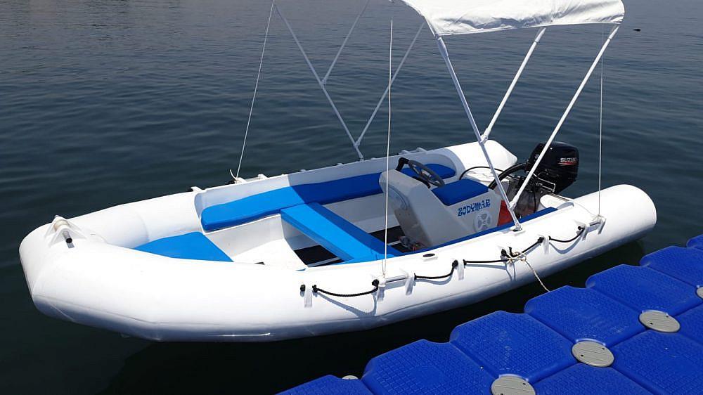 סירה במתחם חווימה   צילום: חווימה