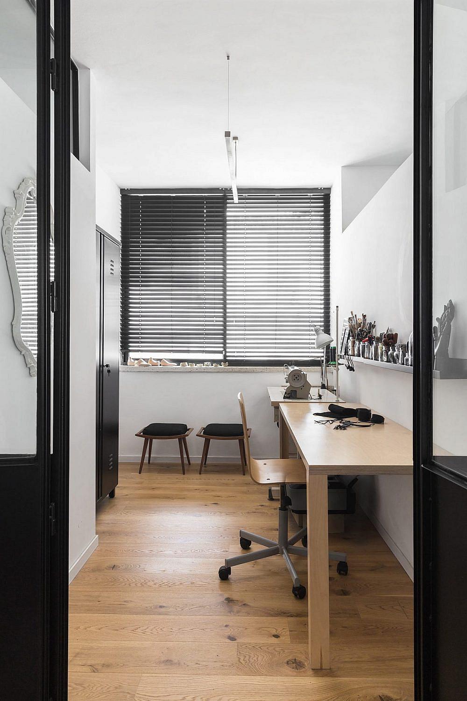 חדר ארונות פתוח | עיצוב: תמי פמפנל שנקר, צילום: מאיה אבגר