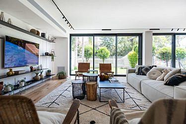 בית במרכז הארץ   עיצוב ותכנון: אודליה ברזילי, צילום: גלעד רדט