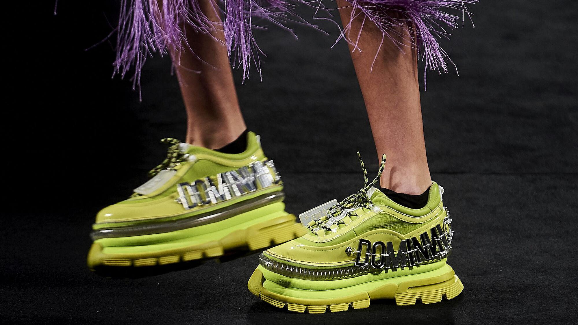 משהו עדין. נעלי פלטפורמה של המותג Dominnico, קולקציית סתיו־חורף 2021 | צילום: GettyImages