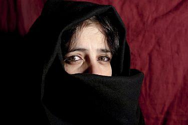 אישה אפגנית   צילום: shutterstock