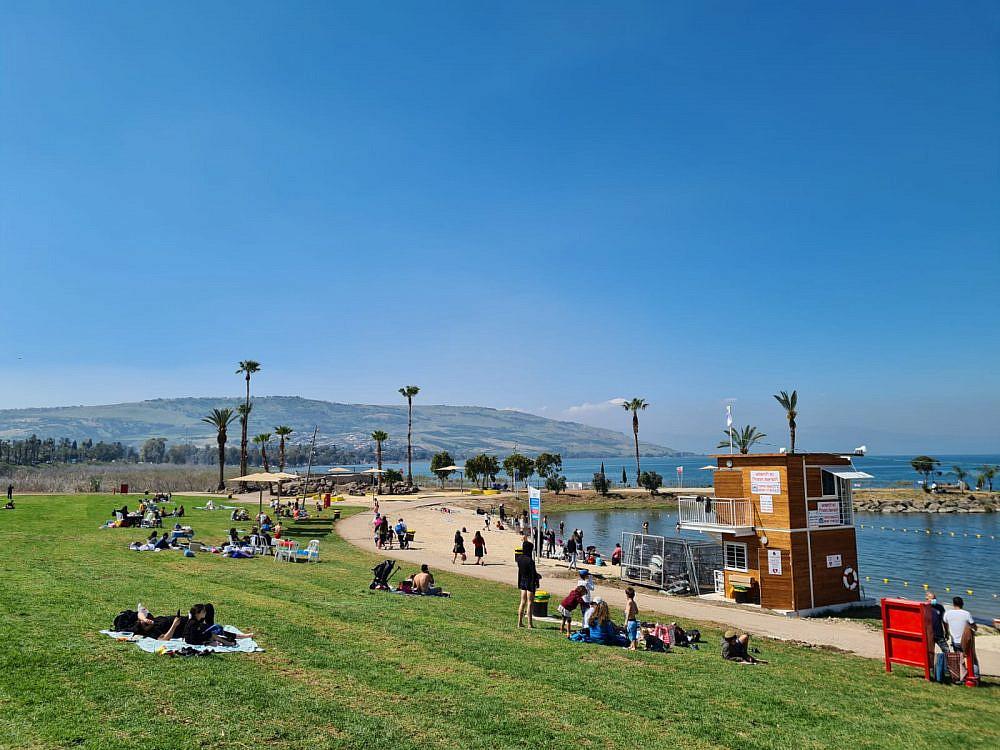 חוף צמח המחודש   צילום: אגוד ערים כינרת