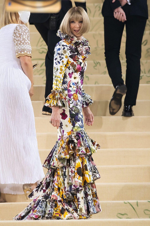 אנה וינטור, מלכת הנשף, לובשת אוסקר דה לה רנטה במט גאלה 2021 | צילום: Gettyimages