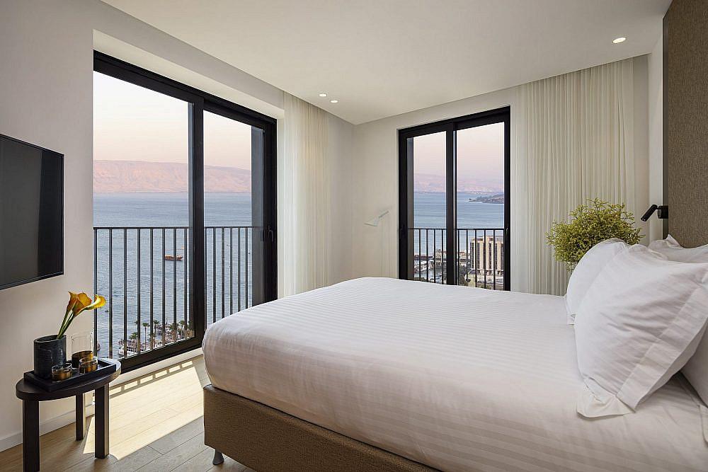 הנוף שווה הכול. מלון סופיה   צילום: עמית גירון