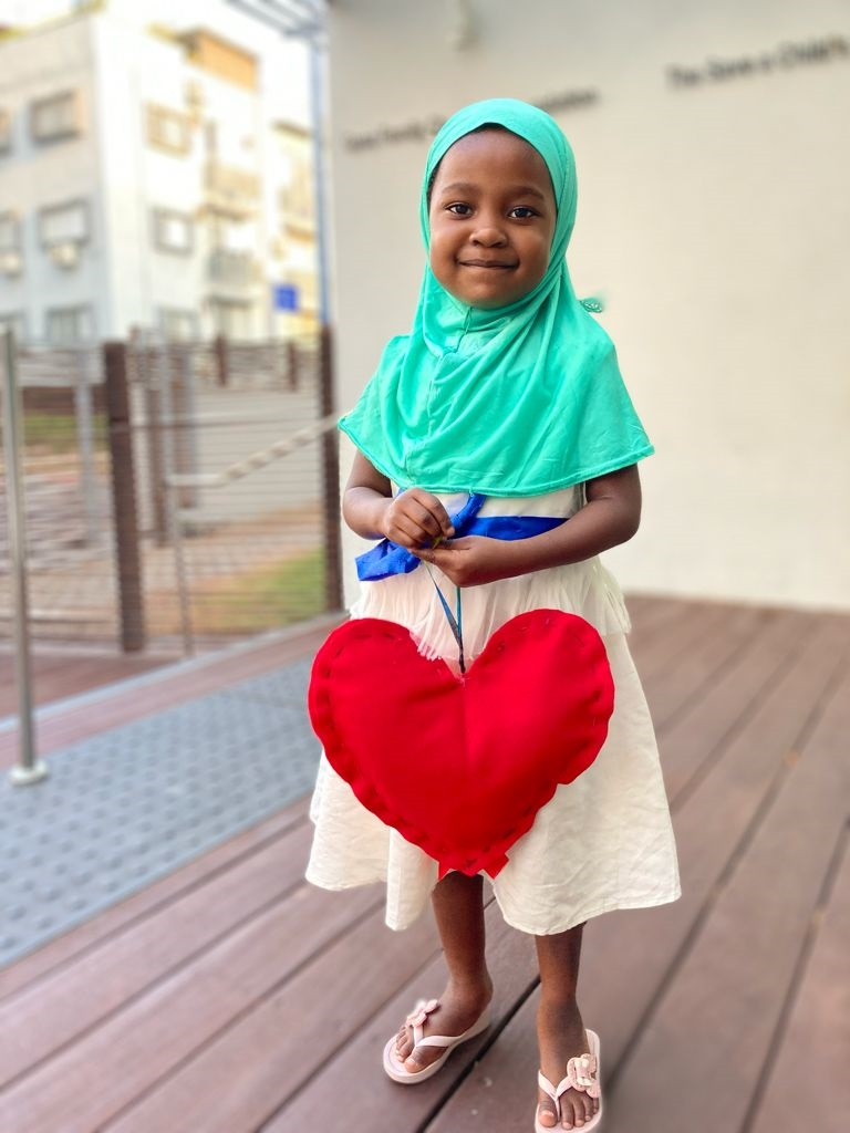 פאטמה בת ה-4 מזנזיבר   צילום: הצל ליבו של ילד